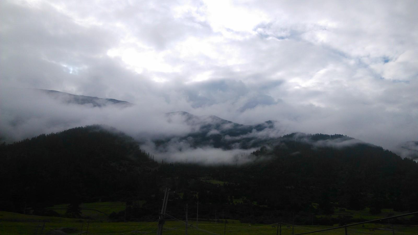 鲁朗,又是云雾缭绕~